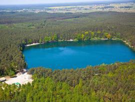 Jezioro małe w Turawie